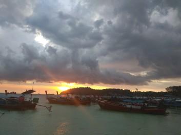 Pattaya Beach - i tady je krásný západ slunce
