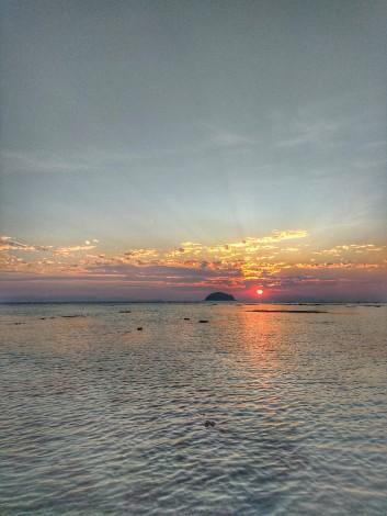 sunrise_beach_koh_lipe_3