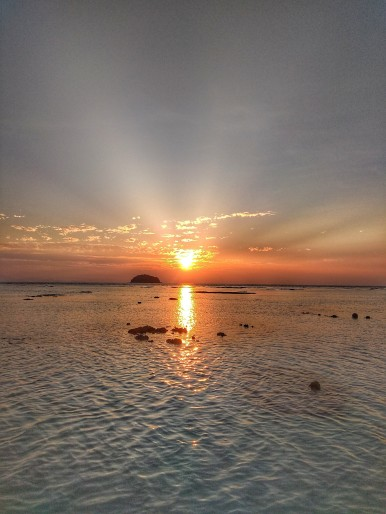 sunrise_beach_koh_lipe_4