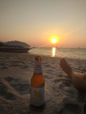 Západ slunce na Sunset beach.